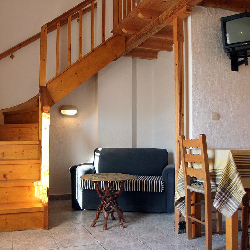 MAISONETTE no.5 living area / ΜΕΖΟΝΕΤΑ νο.5 καθιστικό