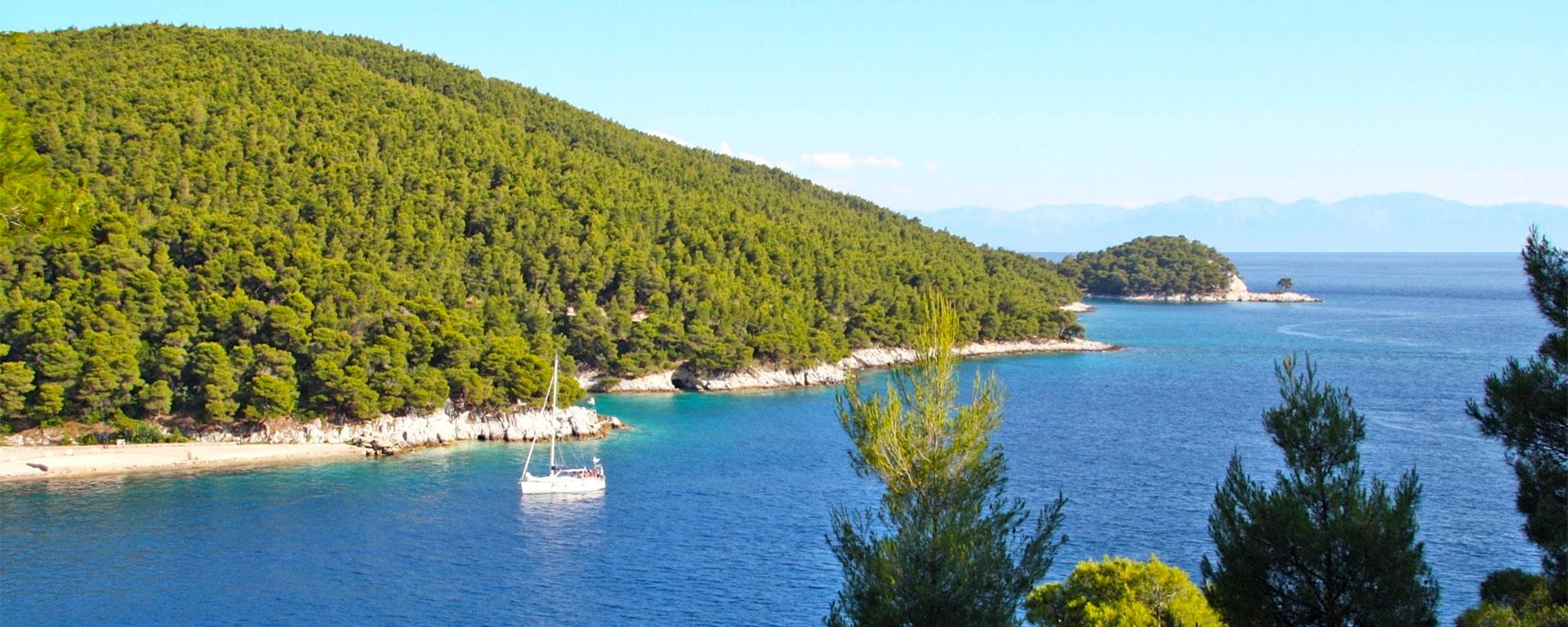 Agnontas Bay