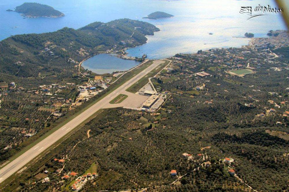 Aeroporto Skiathos : Skopelostravel skiathos airport jsi