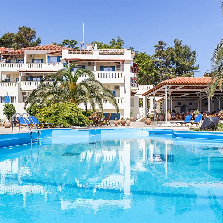 STAFYLOS SUITES HOTEL from € 65